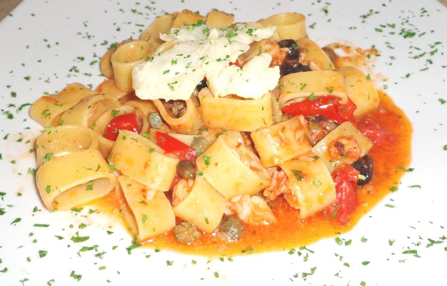 La Saga dei 'O faticone e la pizzeria Antica Cantina di ...